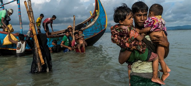 UNHCR helping Rohingya Family